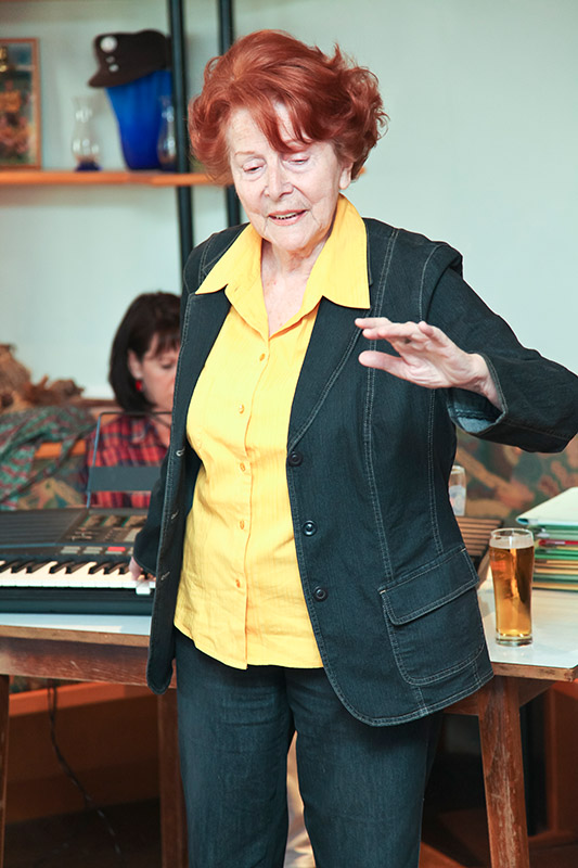 Prof. Mag. Anni Lobovsky